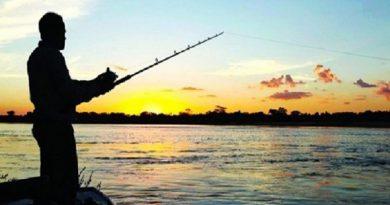 Fica proibida a pesca nos Rios pertencentes ao Estado do Paraná, em virtude da crise hídrica